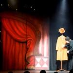 Tomas von Brömssen i Tomas Sista Revy på Lisebersteatern 2015. Hede Ateljé har gjort scenografi, dekor och rekvisita. Fotograf Emanuel Petersson.